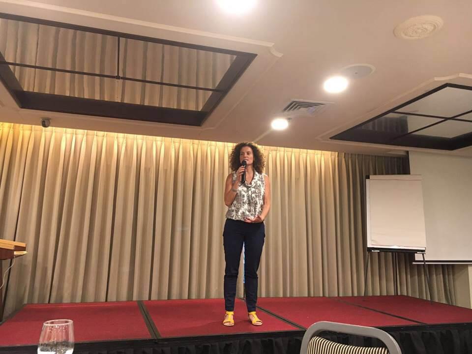 הרצאות להורים בנושא התפקיד ההורי | יפעת דננברג - כלים קשובים